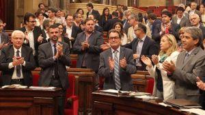 La Ley de consultas fue aprobada por 106 de los 135 diputados del Parlamento catalán