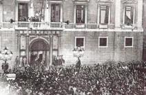 Proclamció del 6 d'octubre des del balcó del Palau de la Generalitat