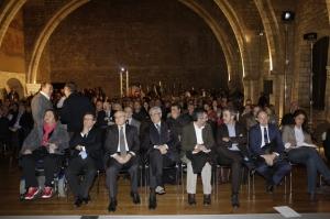 Entre els assitents, destaquen José Montilla, Juan José López Burniol, Manuel Cruz, Jaume Collboni, Gonzalo Bernardos i Afra Blanco, d'Avalot-UGT / Foto: Manolo Garcia.