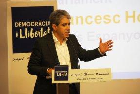 Pla mig de Francesc Homs, el cap de llista de Democràcia i Llibertat a les eleccions del 20-D. Imatge del 27 de novembre de 2015 (Horitzontal).