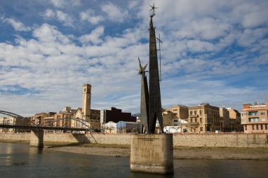 monument-franquista-lEBRE_1533456829_27652772_1233x823