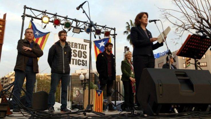 la-presidenta-de-lanc-elisenda-paluzie-durant-els-parlaments-en-el-concert-per-la-llibertat-a-tarragona