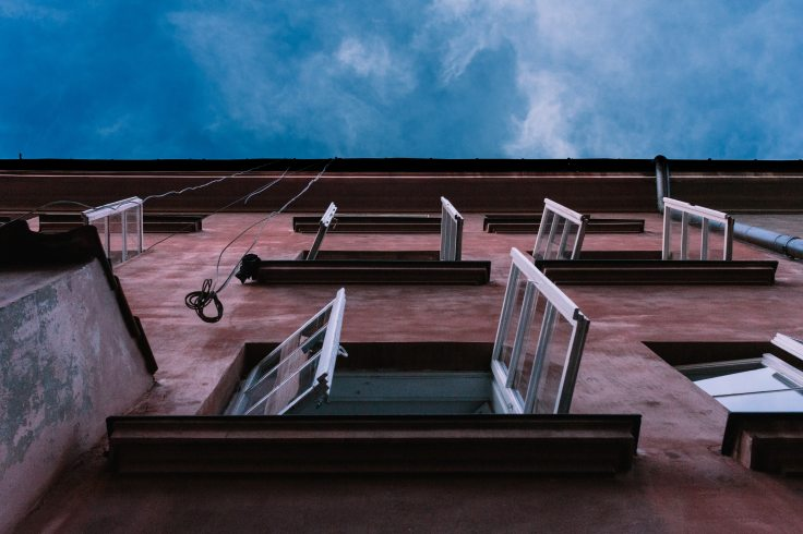 building-low-angle-shot-perspective-1309683